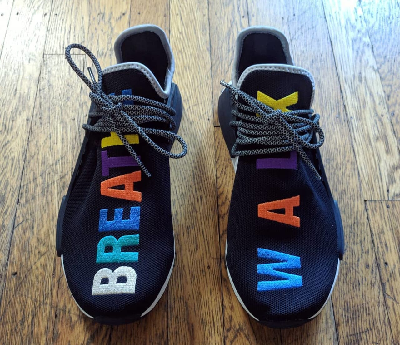 breathe walk sneakers