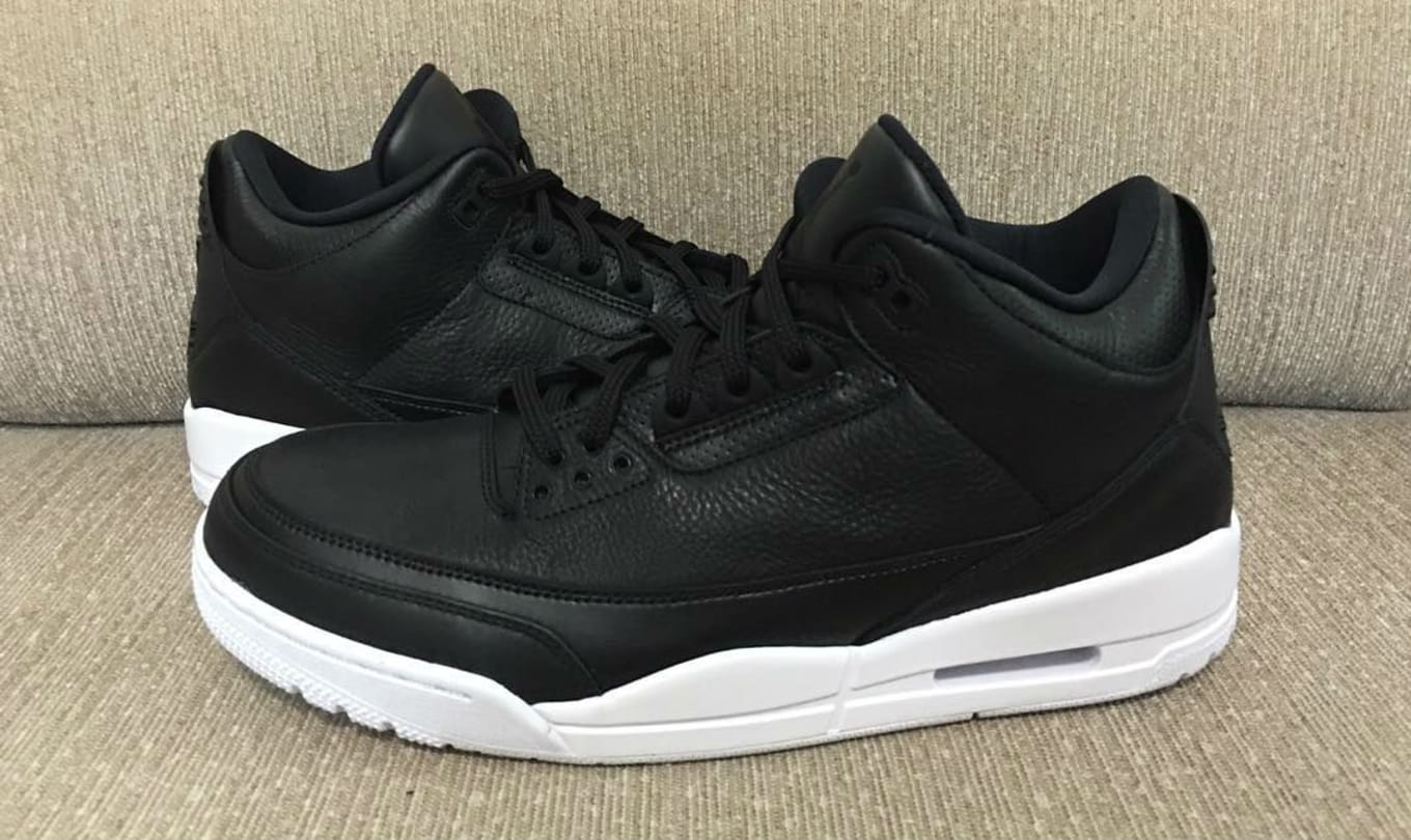e52f79ad421e9 Air Jordan 3 Cyber Monday 136064-020 (1)