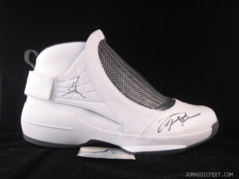 572d25af7097a6 20 Michael Jordan-Autographed Air Jordans You Can Grab on eBay Right ...