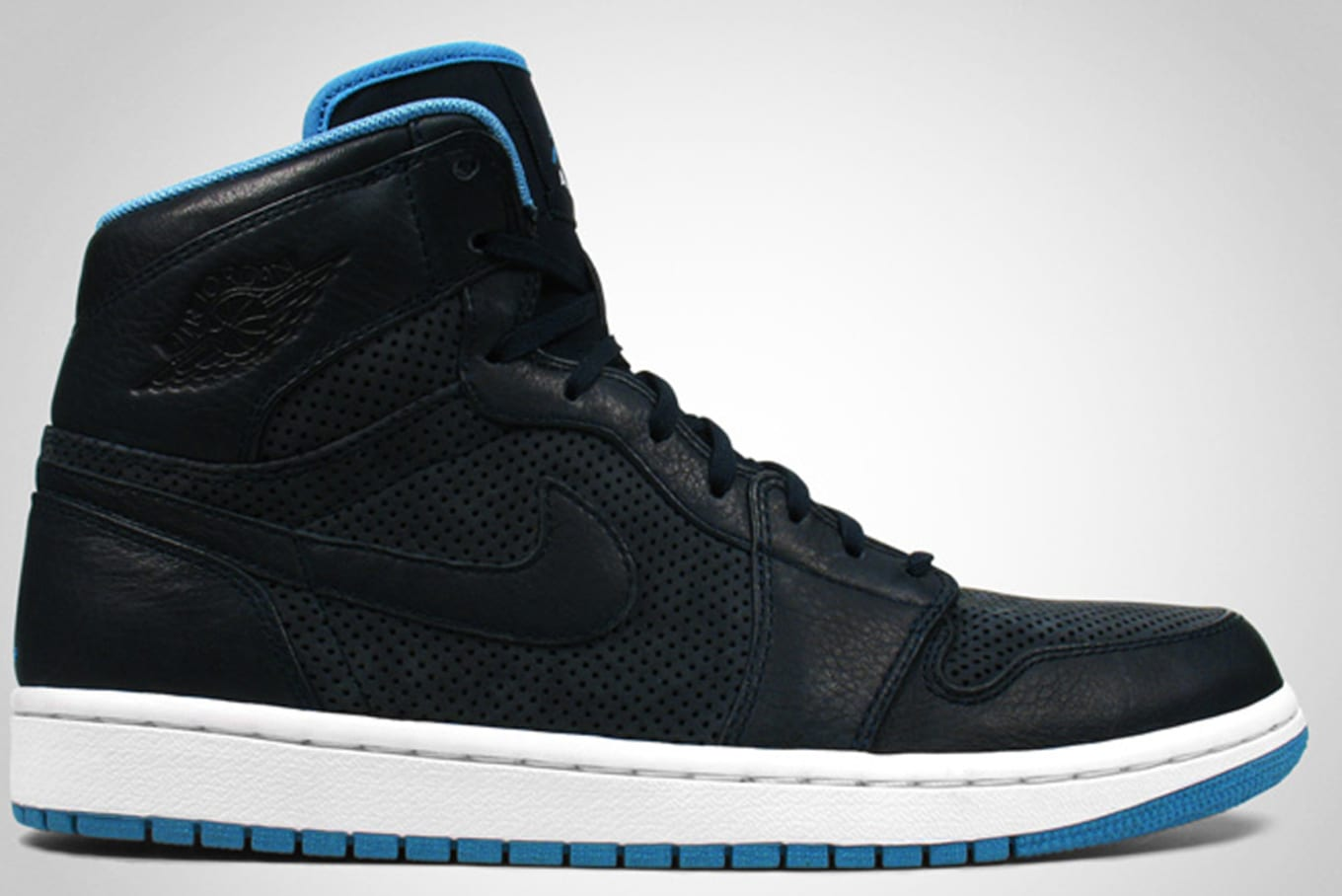 low priced d6999 e48f0 Air Jordan 1 High Retro EPM Premier Dark Obsidian Cerulean White