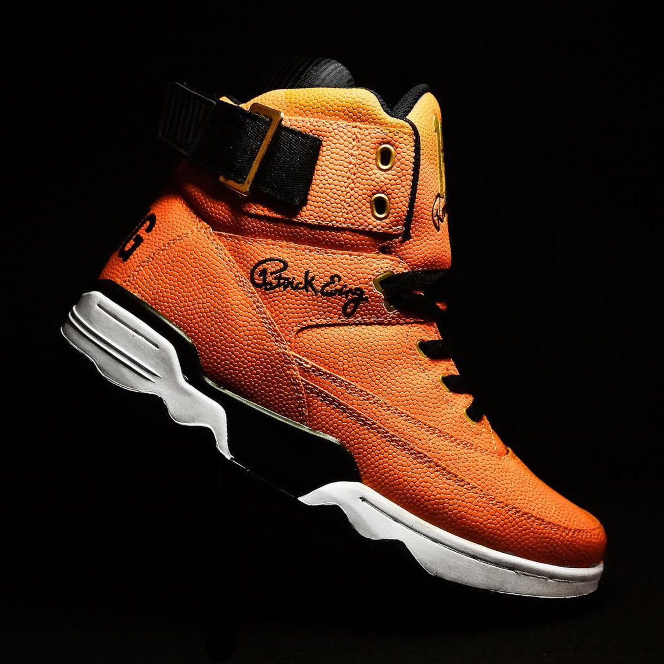 half off 9daf5 69588 Ewing 33 Hi Basketball Rookie of the Year