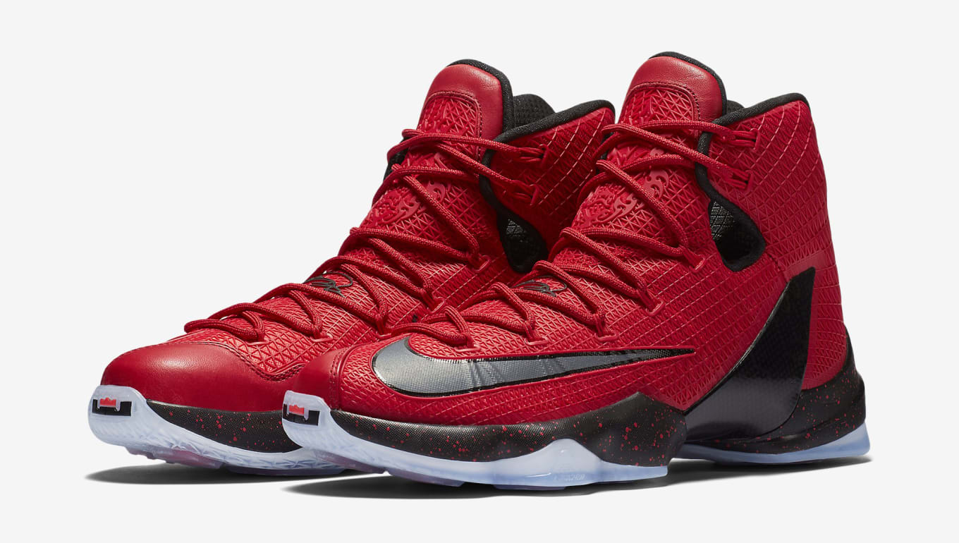buy online a5acc b1028 Here s a Detailed Look at LeBron James  Playoffs Shoes. Three upcoming Elite  colorways.