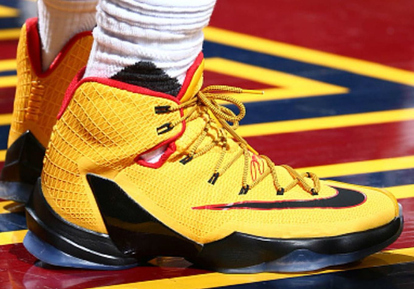 big sale dde6d 68b9d LeBron James Wearing a Yellow Black-Red Nike LeBron 13 Elite PE (1