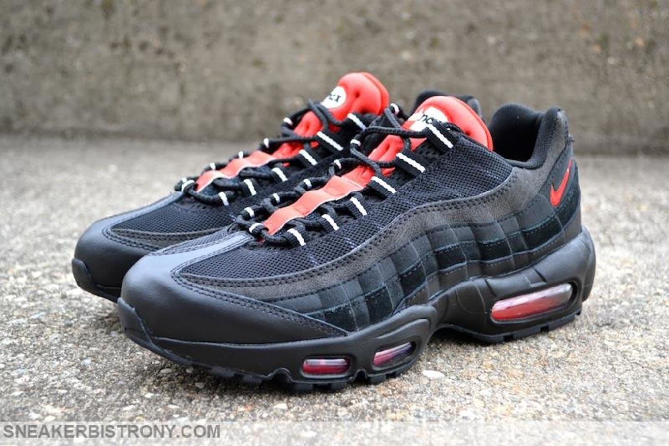 Nike Air Max 95 Essential Black Challenge Red (1) 6bc4763ef