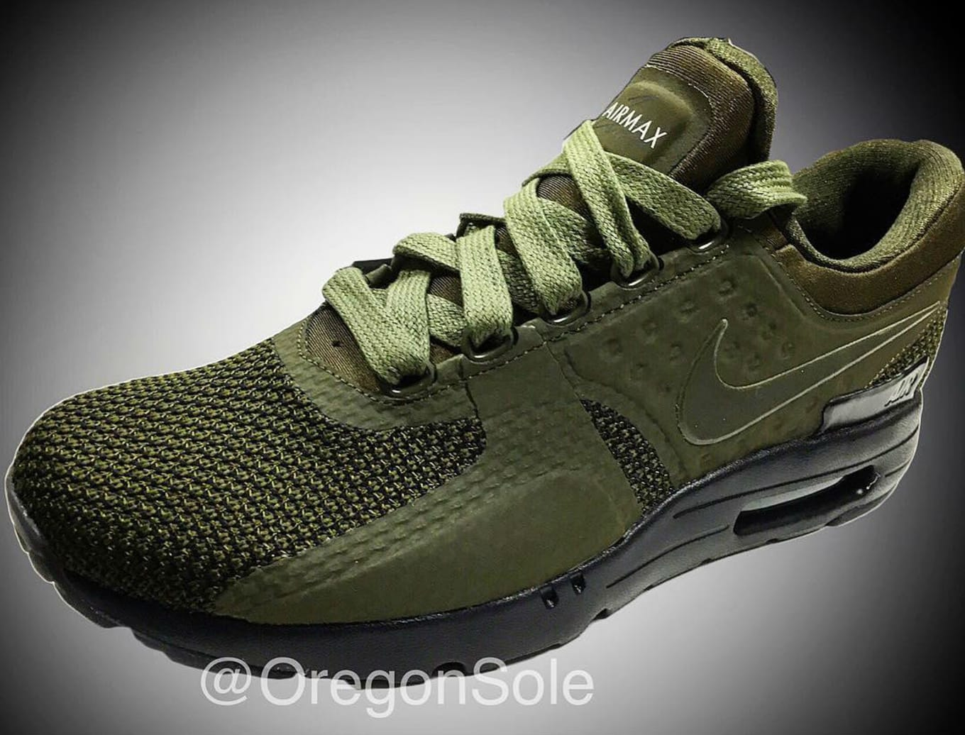 reputable site 8098a 95cca Nike Air Max Zero