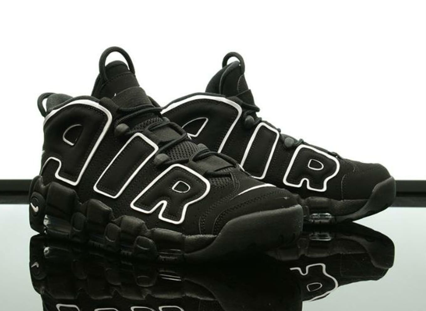 huge discount 581ea 0abcc Nike Air More Uptempo Black White