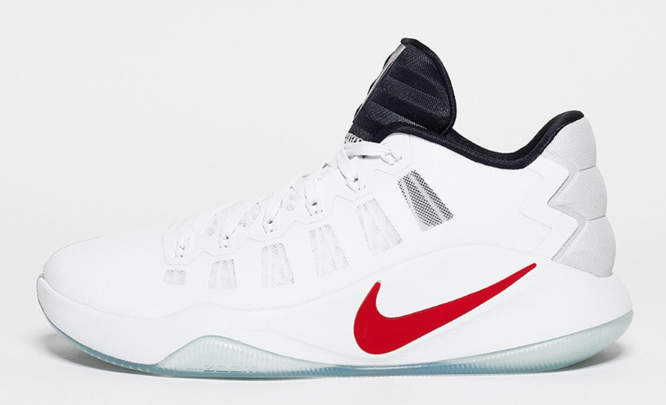 brand new e5033 d856c Nike Hyperdunk 2016 Low