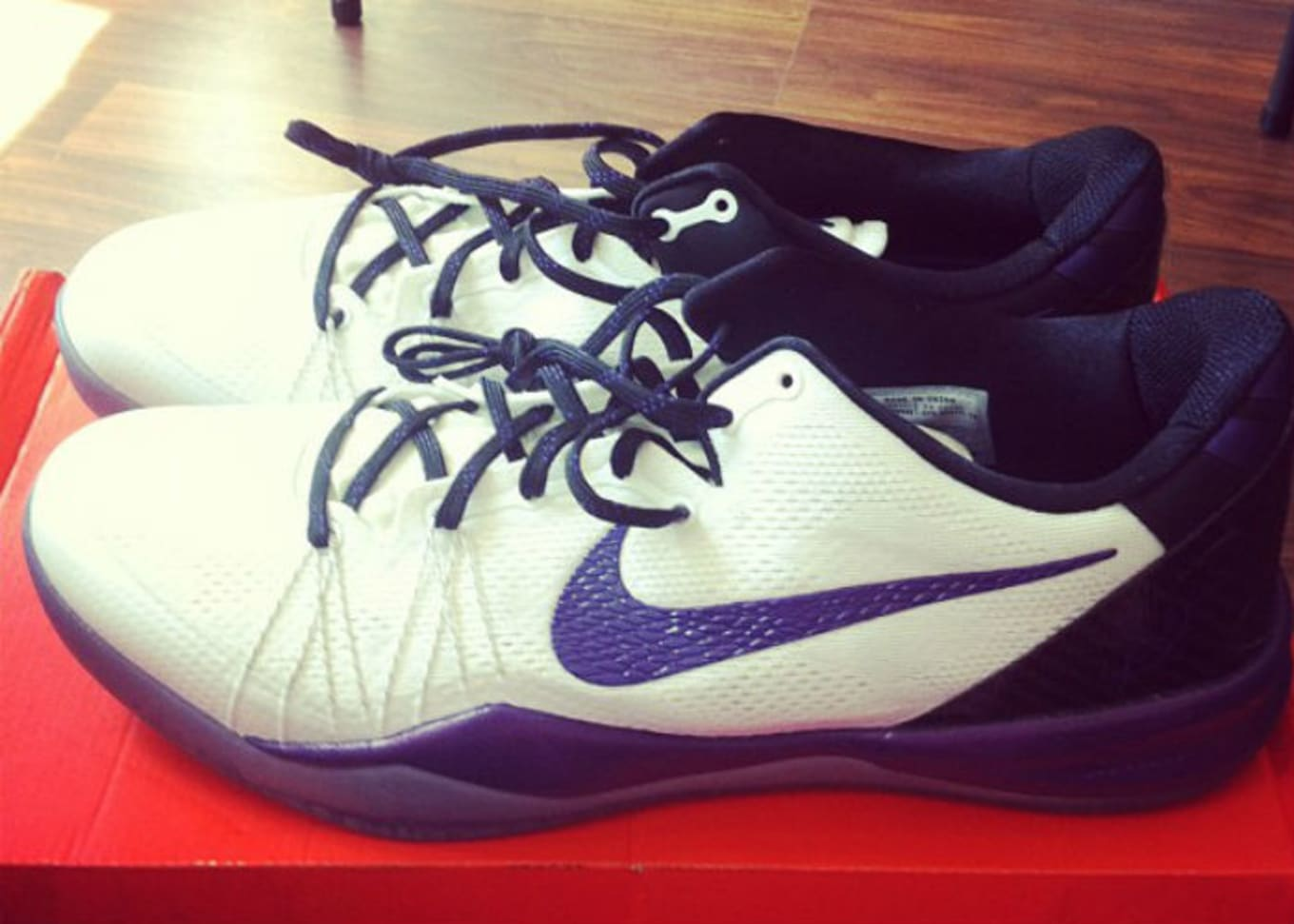 pretty nice 88a59 331e1 Nike Kobe 8 Elite White Purple Sample (2013)