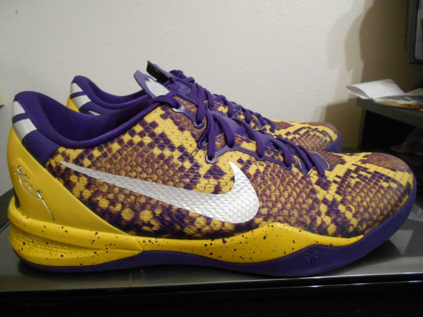 the best attitude 7e428 adab9 Nike Kobe 8