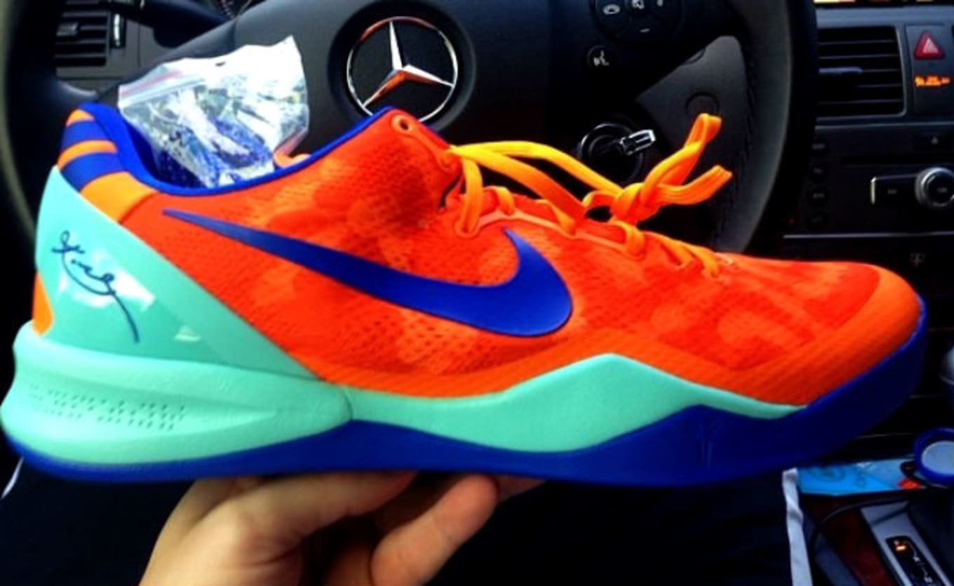 premium selection 89335 2cc7b Nike Kobe 8 Orange Mint-Blue Sample (2013)