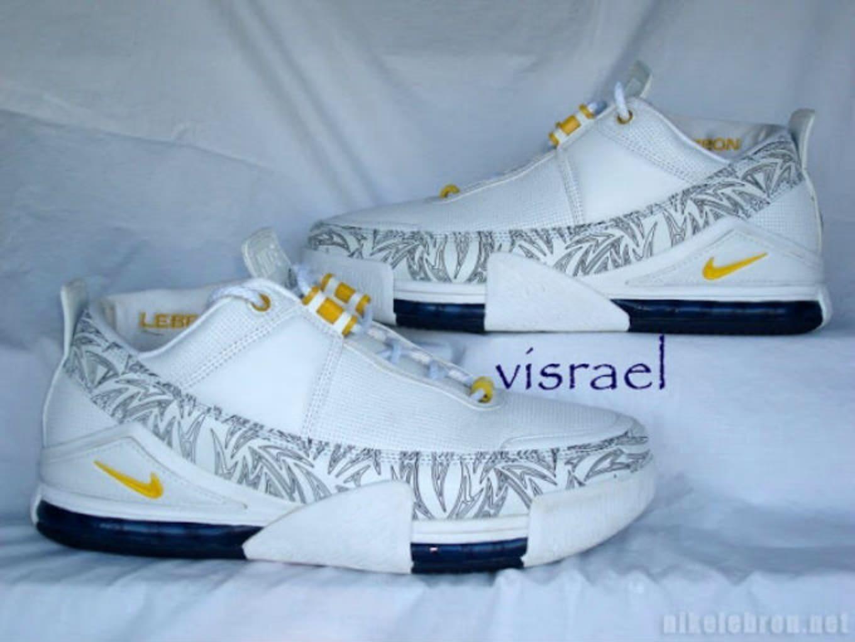 premium selection f7205 b0dbe Nike LeBron 2 Low White Navy-Maize Saple (2004)