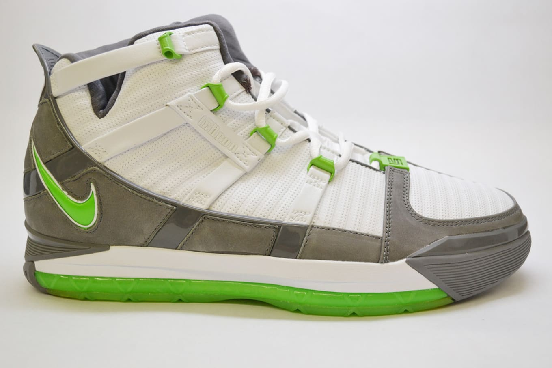new arrival b676b 5b1c2 Nike LeBron 3