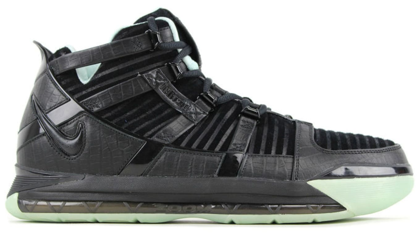 ab4588b3bc9 Nike LeBron Samples That Never Released | Sole Collector
