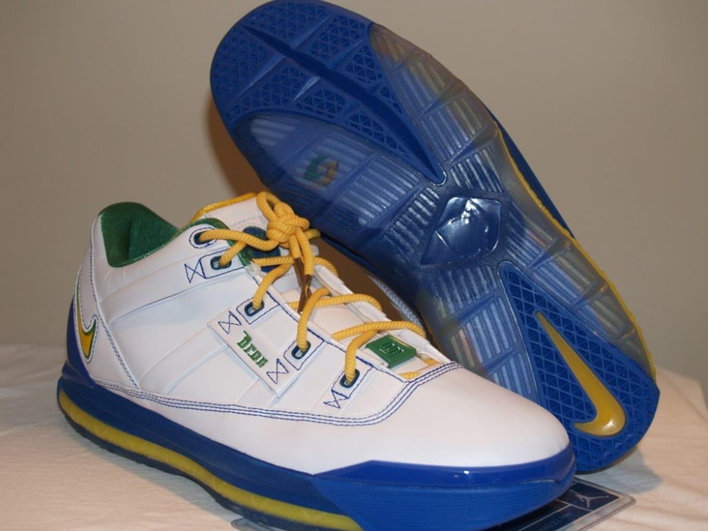 sports shoes 2b7f3 762f0 Nike LeBron 3 Low