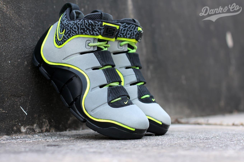 100% authentic 7d98d dd82f Nike LeBron 4