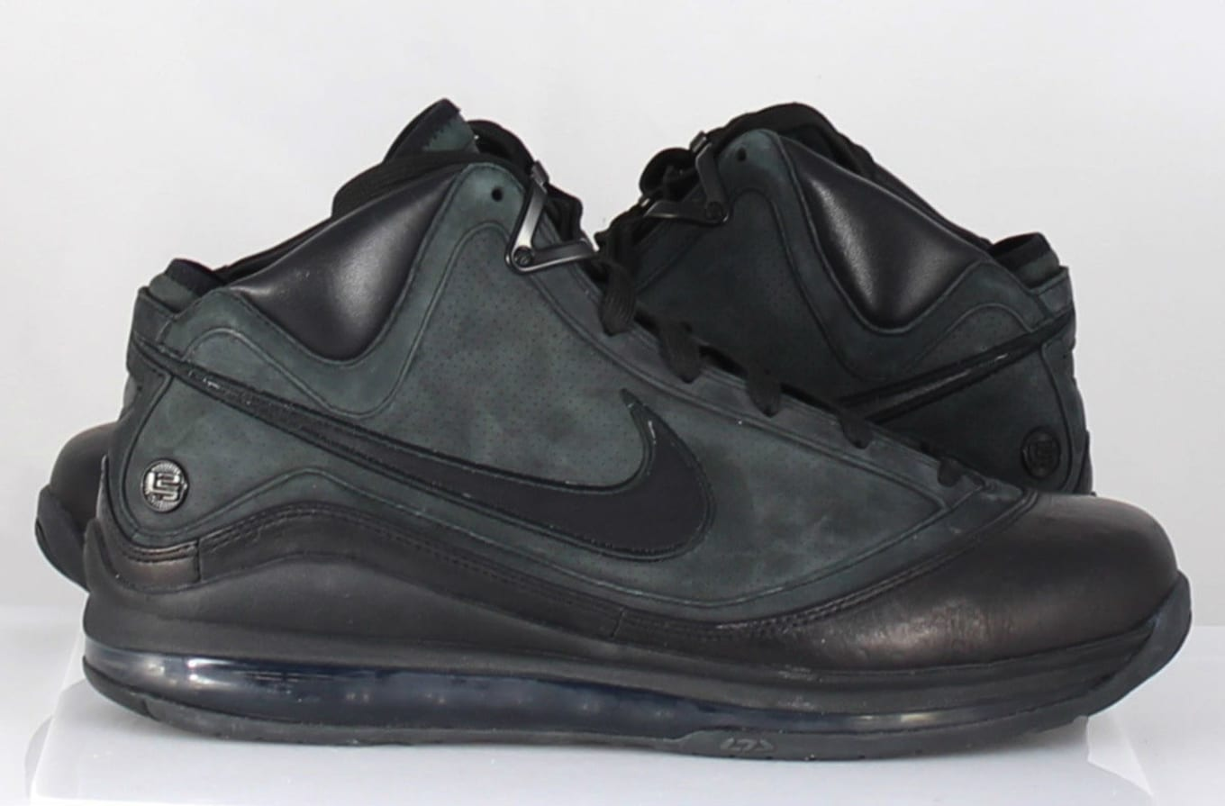 the latest 0dd7e e1272 Nike LeBron 7