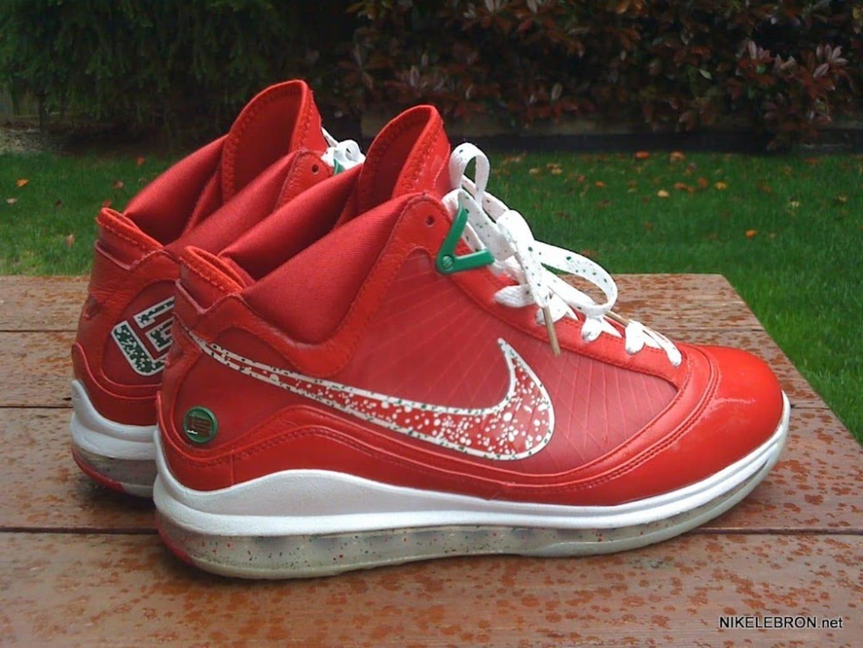 on sale 8146d 71848 Nike LeBron 7