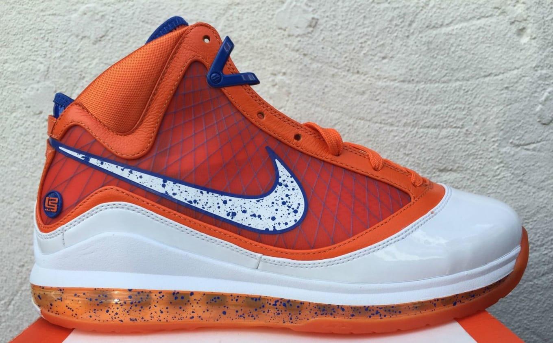 buy online a22cc 3d820 Nike LeBron 7