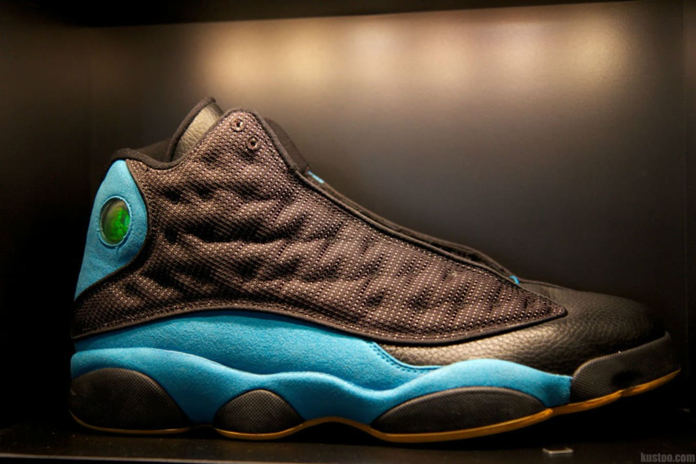 huge selection of 27d00 0f111 Air Jordan 13 CP3 PE