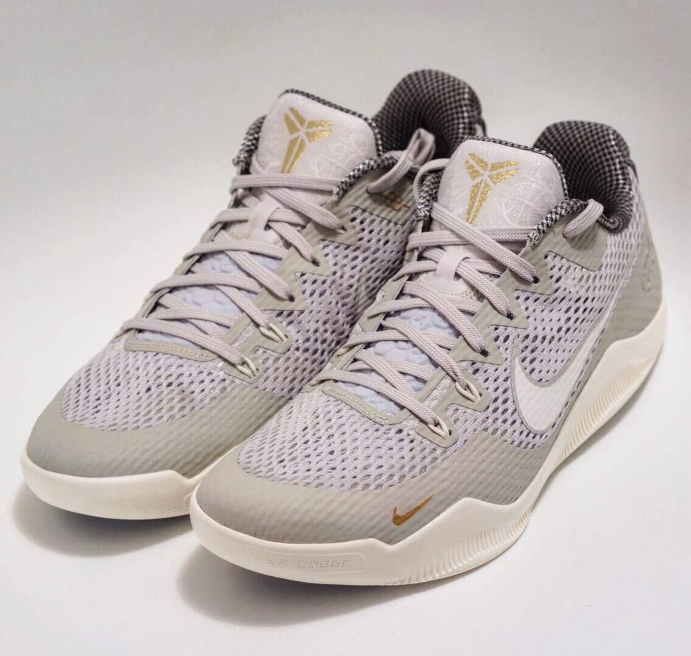 ccf070d9638c Quai 54 Nike Kobe 11 Friends   Family