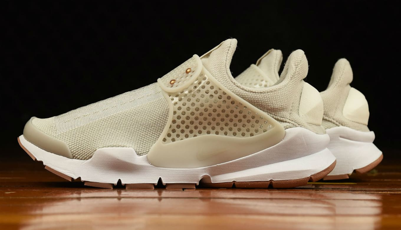 premium selection bff5f ab3a3 Women s Nike Sock Dart Light Bone 848475-002 ...