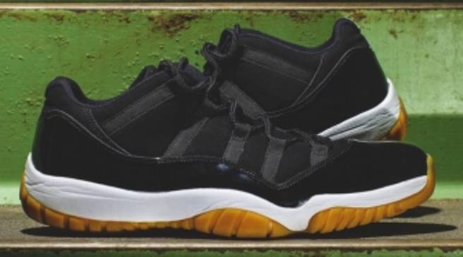 ded0c0e8f779f6 Here s a Better Look at the Mysterious  Gum Bottom  Air Jordan 11s