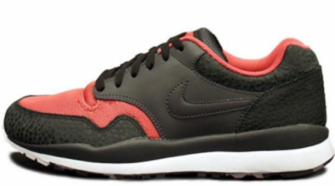 best website a0249 141a9 Nike Air Safari LE - Black/Anthracite-Red