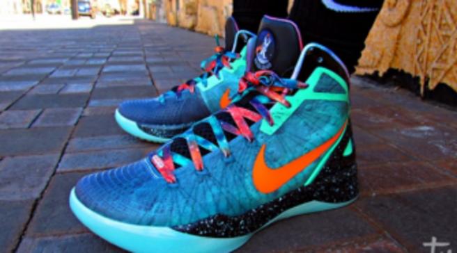 c87763074b00 Nike Zoom Hyperdunk 2011 Supreme - Blake Griffin