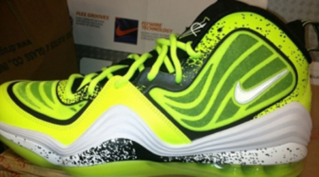 quality design 9d237 2fc61 Nike Air Penny V - Volt Splatter