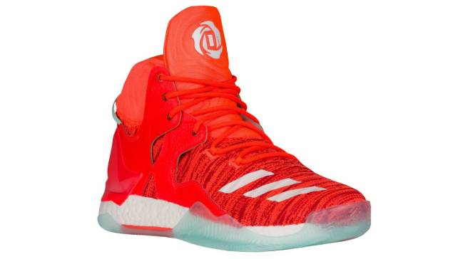 7855d42e30ade6 Derrick Rose Already Has Sneakers To Wear in New York
