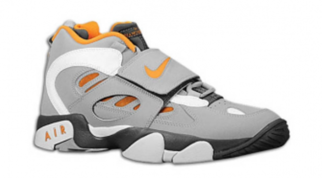 ab882cbdab Nike Air Diamond Turf II - Dark Grey/Wolf Grey-Vivid Orange