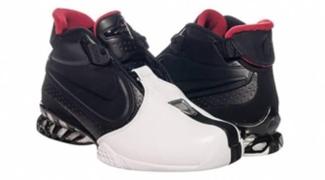 new styles 2aa79 fd0c6 An OG Nike Air Zoom Vick 2 Returns
