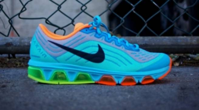 reputable site 7fcb1 1ef5a Nike Air Max Tailwind 6    First Look