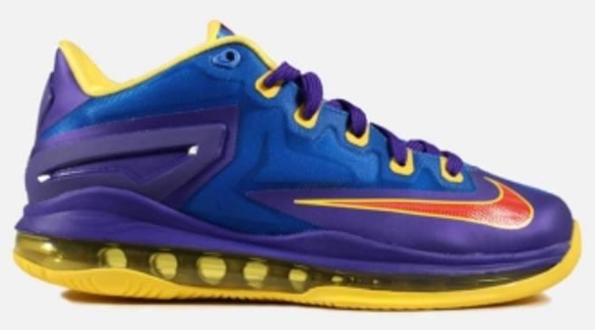 5d02d72953c Nike LeBron 11 Low GS  Superman