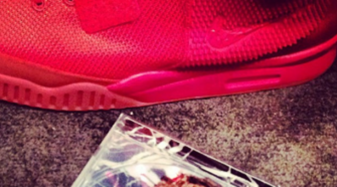 a9c9d92e769dc Kanye West Debuting All-Red Nike Air Yeezy 2 On SNL Tonight