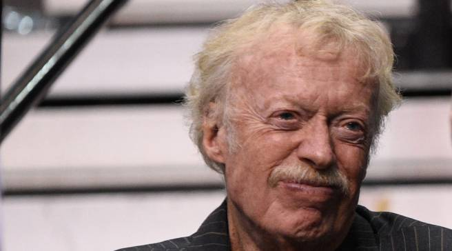 Nike Chairman Phil Knight Only Has 50 Pairs of Sneakers 2b51ff676