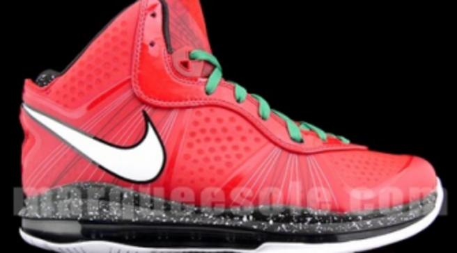 d41091b9fc450 Nike Air Max LeBron 8 V2 - Christmas - New Images