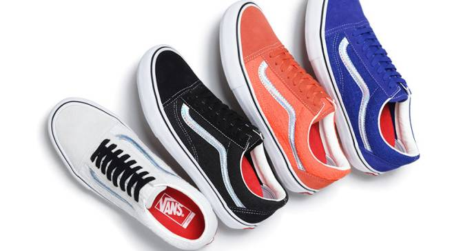 c235064a488fd3 Supreme and Vans Have Some Shiny Old Skools Dropping This Week