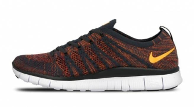 cheaper 52142 afd95 A Fiery New Look for the Nike Free Flyknit NSW