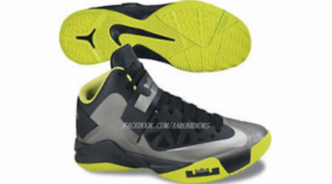 eb5f9657b97 Nike Zoom Soldier 6 - Holiday 2012