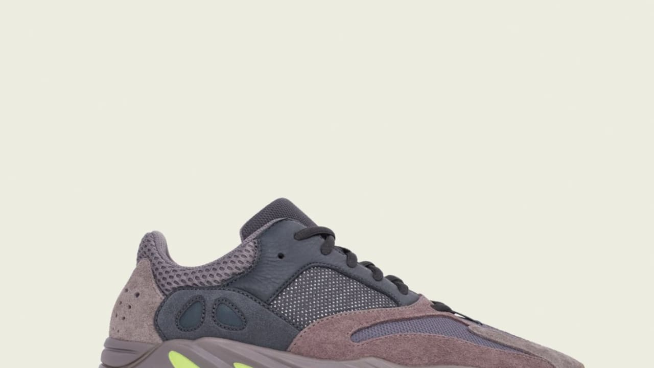 on sale 3e489 83fba Adidas Yeezy Boost 700 'Muave/Muave/Muave' EE9614 Release ...