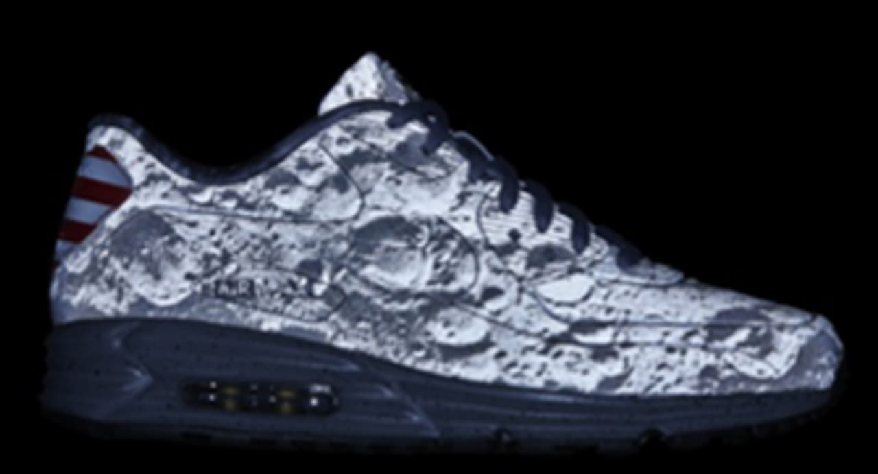Nike Air Max Lunar 90 SP Moon Landing Reflective Silver