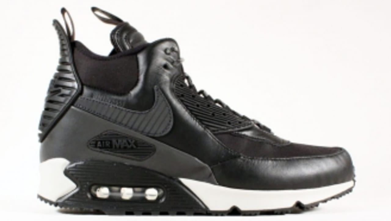 Nike Air Max 90 SneakerBoot • Page 3 of 4 •