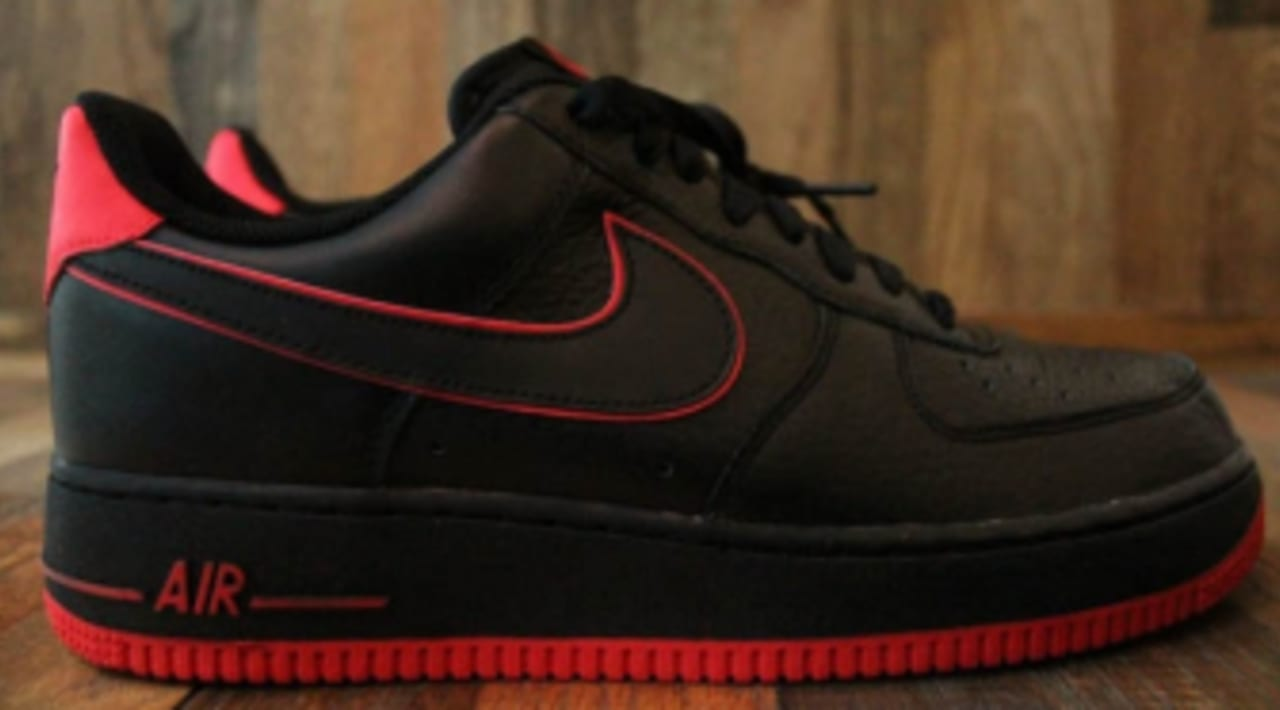 Nike Air Force 1 - Black/Action Red
