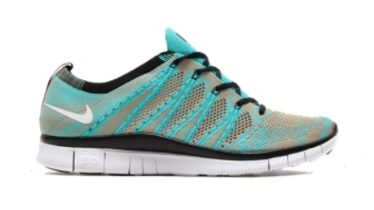 Nike Is Still Holding Back on the Free Flyknit NSW | Sole