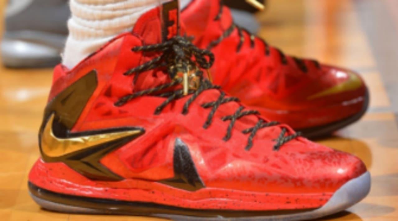 LeBron James Wears Red/Gold Nike LeBron