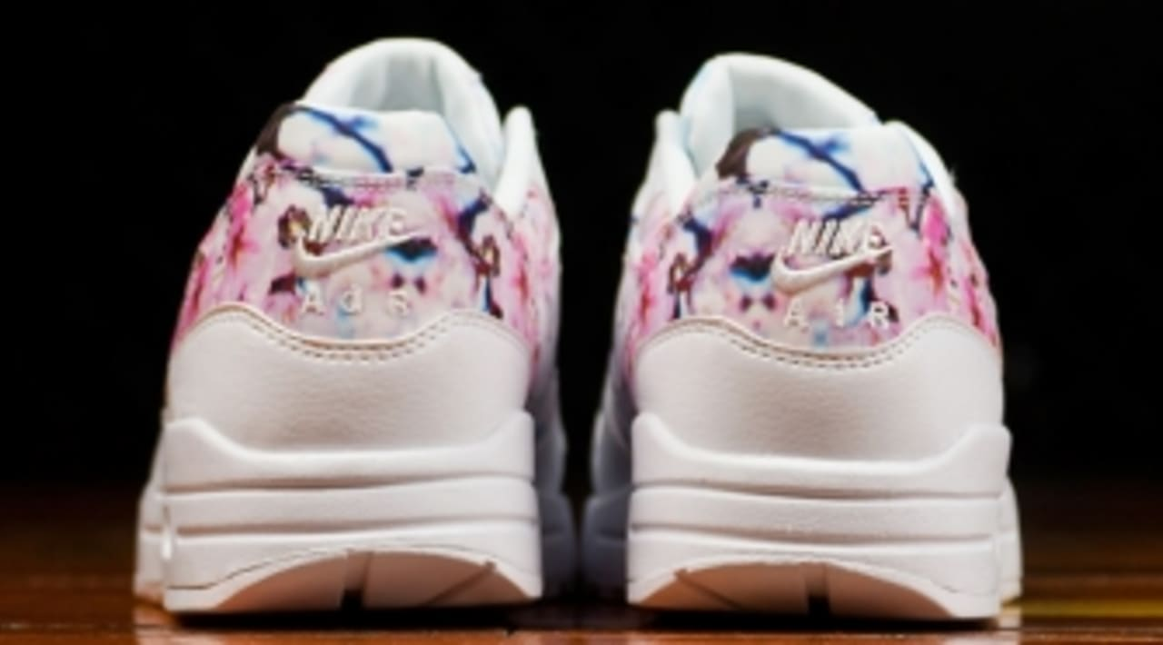 Nike Covers Air Max 1s With Cherry Blossoms | Sole Collector