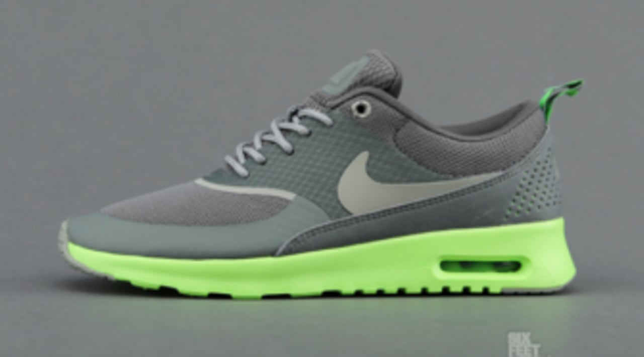 Nike WMNS Air Max Thea Mercury Grey Mine Grey Flash