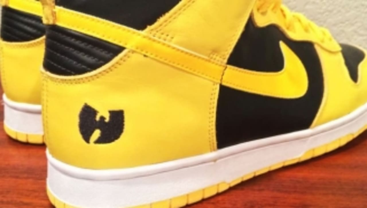 buy online 12575 c7420 Ultra Rare 'Wu-Tang' Nike Dunk High Hits eBay | Sole Collector