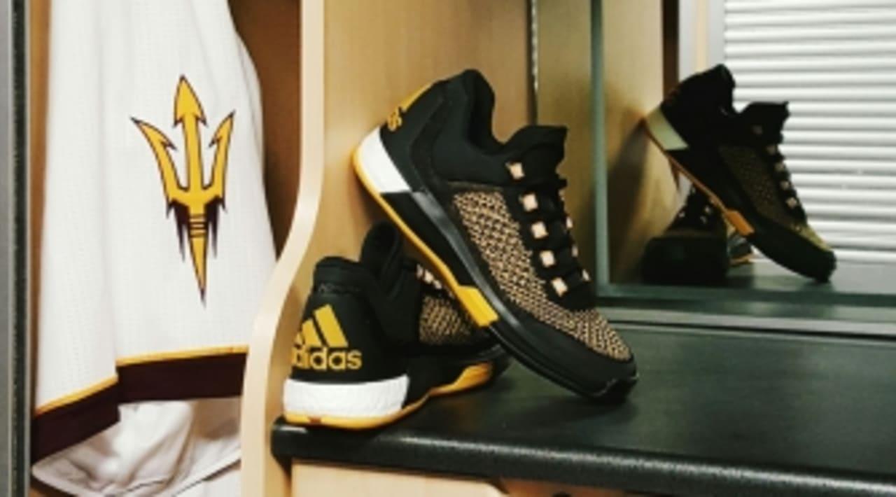 Adidas Crazylight Boost BlueBlackGold BasketballBuzz